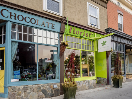 17th: Trendy boutiques in the 17th Ave district on May 24 2015 in Calgary Alberta Canada. Calgarys 17th Ave district is a trendy and urban part of Calgarys inner city.