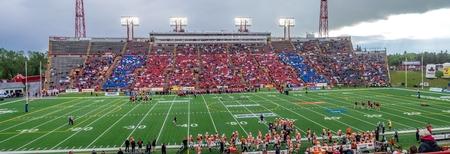 linemen: Panorama of a preseason crowd at a Calgary Stampeders football game in Calgary.