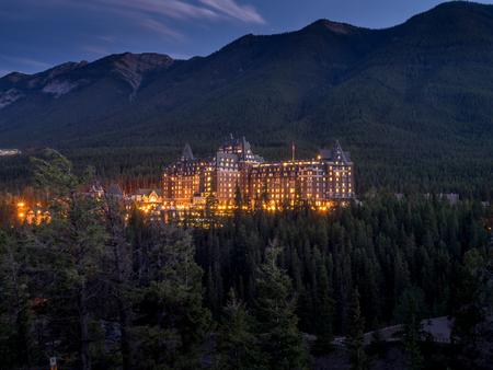 pyramid peak: The Banff Springs Hotel at night