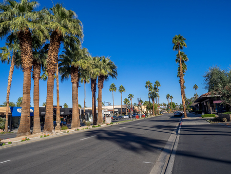 palm desert: PALM DESERT, CA - NOVEMBER 22: El Paseo Shopping District on November 22, 2015 in Palm Desert. The Rodeo Drive of the desert, it features over 300 shops boutiques art galleries jewelers restaurants.