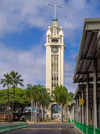registro: Honolulu, HI AUG - 6: la puerta de entrada al puerto de Honolulu, la Torre Aloha el 6 de agosto, 2016, Honolulu, Hawaii. Aloha Tower ha sido añadido al Registro Histórico Nacional.