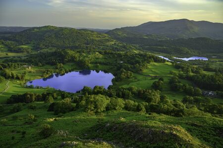 Loughrigg Tarn and Elterwater in Summer, Lake District Standard-Bild