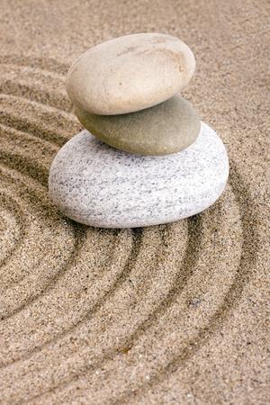 terapias alternativas: piedras de arena