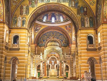 St. Louis Missouri: November 7, 2018; The Interior of the Cathedral  Basilica of St Louis Redactioneel