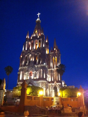 michael the archangel: The parish of St. Michael archangel has become an icon of the city of San Miguel de Allende