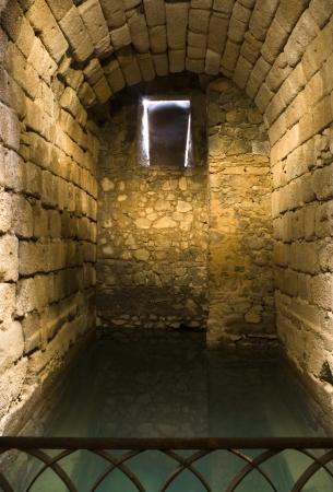cisterna: Musulm�n Cisterna fuerte Foto de archivo