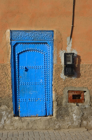 berber: Typical moroccan blue wooden door, Marrakesh