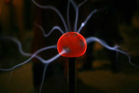electrifying: Plasma sphere with smooth magenta-blue flames