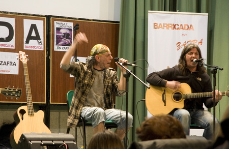 unplugged: ZAFRA, SPAIN, MARCH:  unplugged performance of rock band Barricada during the Dulce Chacon writer memorial, March 19, 2010 in Zafra, Spain