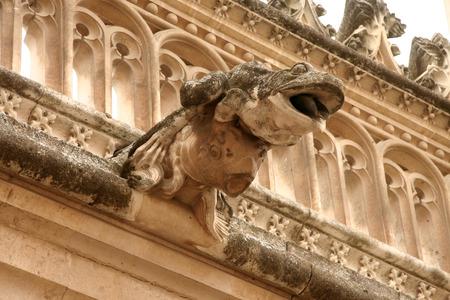 gargouille: Monast�re de Saint Jean de la gargouille Kings. Toledo, Espagne