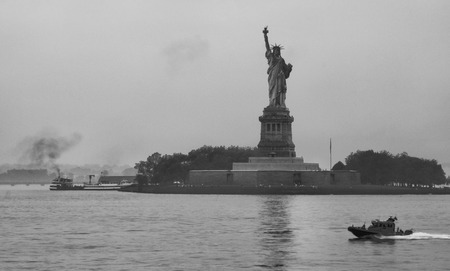 staten: Observing the Liberty Statue on board of Staten Island Ferry Stock Photo