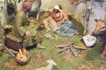 portal de belen: Badajoz, Espa�a - 4 de enero, 2013: bel�n de navidad. Diorama construido por la Asociaci�n local de Amigos de cunas, Badajoz, 2013
