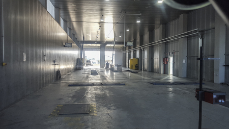 Olivenza, Spain - March 9th, 2019: Vehicule Inspection Facilites indoors. Center to support law required annual insurance renewal and tax payment 報道画像