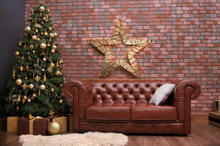 Beautiful christmas tree with decorations in the living room