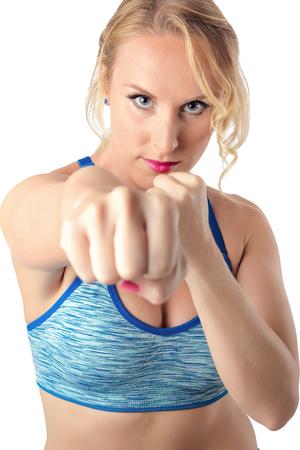 defensa personal: Fuerte aptitud física saludable Mujer de perforación. Boxeo, Artes Marciales, Defensa Personal