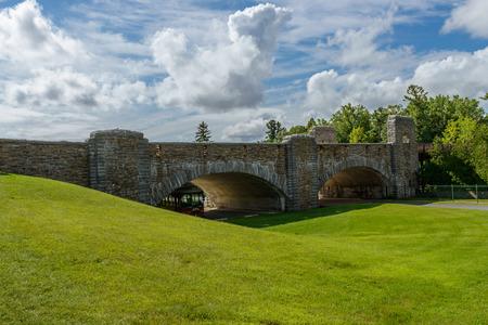 baratro: Ausable ponte di pietra abisso di New York Archivio Fotografico