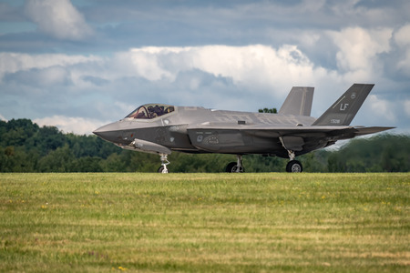 NEW WINDSOR, NY - AUGUST 2, 2019: The Lockheed Martin F-35 Lightning II from Stewart International Airport during the New York Airshow. Publikacyjne