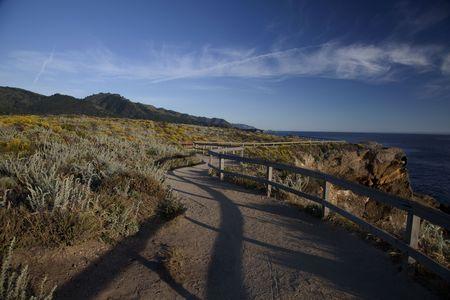 ポイント自然ロボス ステート カーメル カリフォルニア州の海岸に沿う hicking トレイル 写真素材