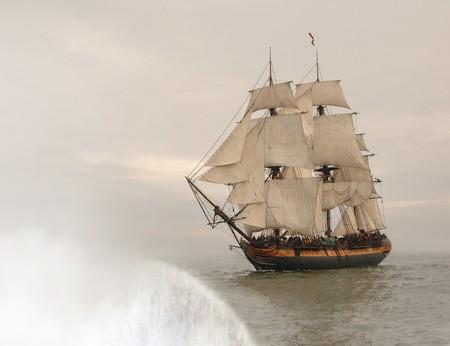 Vintage fregat te vallen buiten de rand van de aarde