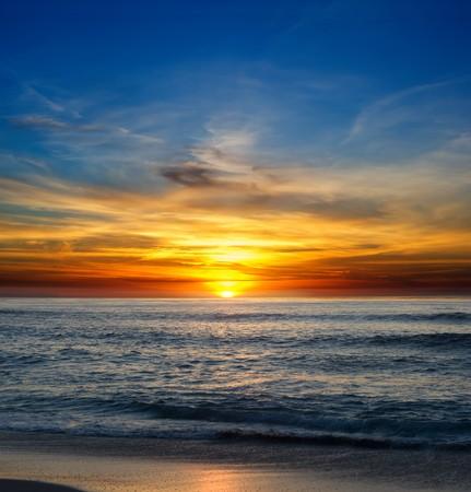 Coucher de soleil sur l'océan Pacifique de La Jolla, en Californie