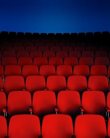 Een donkere theater zaal tonen de zetels Stockfoto