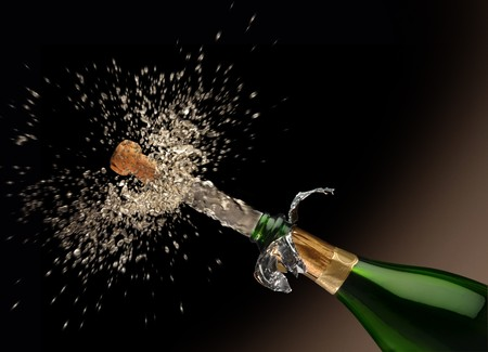 A Quark poping off of the champaign bottle with lots of splash! Фото со стока - 7057764