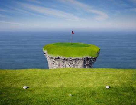 Gezicht op een onmogelijke golf koppeling gezien vanaf de tee box.