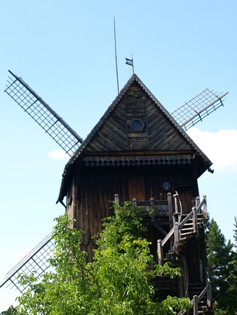 Old wooden windmill built in 1911 in Mecmierz, small village near Kazimierz Dolny in Poland Stock Photo - 12954965