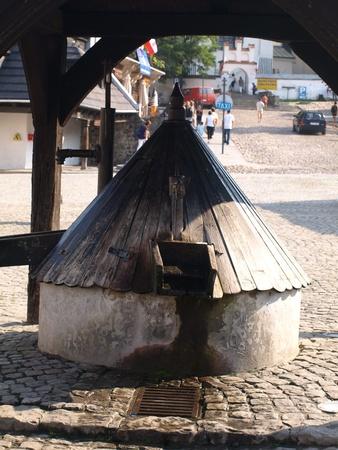 Old well in Kazimierz Dolny, Poland Stock Photo - 13257806