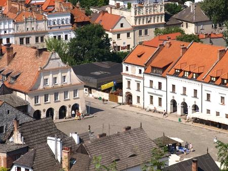 kazimierz dolny: Old Market Place in Kazimierz Dolny, Poland