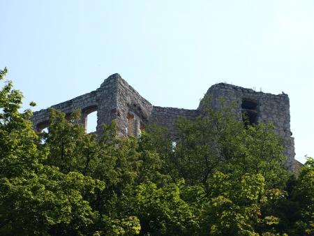 kazimierz dolny:  Castle ruins in Kazimierz Dolny, Poland