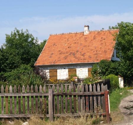 kazimierz dolny: Kazimierz Dolny, Poland - July 25, 2008: Old rural stoned house in Kazimierz Dolny, Poland
