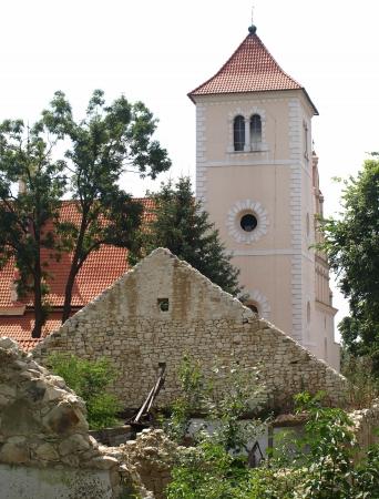 kazmierz dolny: Kazimierz Dolny, Poland - July 08  Old church in Janowiec - small town near Kazimierz Dolny on July 08, 2013 in Janowiec near Kazmierz Dolny, Poland Editorial