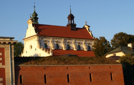 lubelskie: Zamosc, Poland - September 08  Old Catholic church with tall tower in Zamosc on September 09, 2013 in Zamosc, Poland