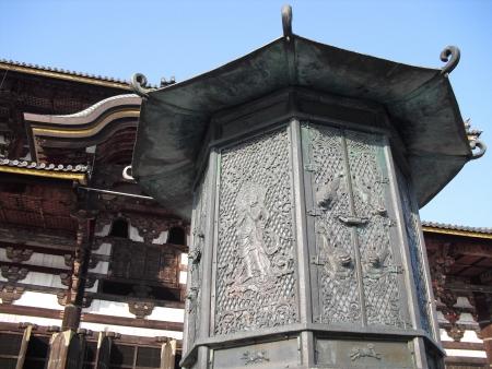todaiji: Bronze lantern in front of Todaiji Temple in Nara, Japan Stock Photo