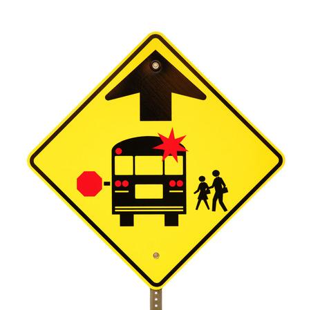 parada de autobus: Volver a la escuela muestra de la parada de autobús aislado en blanco.