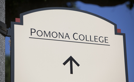 Claremont, CA, USA - April 14, 2017: The sign for Pomona college, a liberal arts college in southern California. Sajtókép
