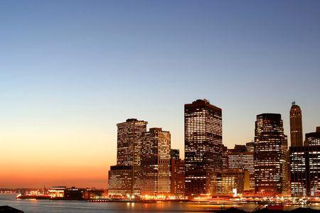 Lower Manhattan au coucher du soleil  Banque d'images