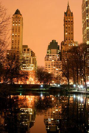 Central Park et la ligne d'horizon de Manhattan at Night, New York City  Banque d'images