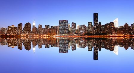 east river: Midtown Manhattan skyline at Night Lights, New York City