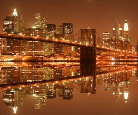 Brooklyn Bridge and Manhattan skyline At Night Stock Photo - 4006881