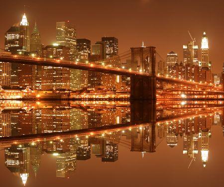 popular: Brooklyn Bridge and Manhattan skyline At Night LANG_EVOIMAGES