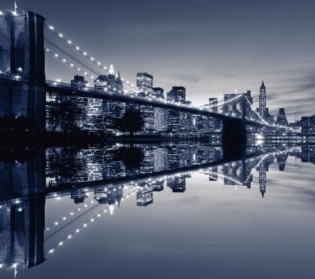 Brooklyn Bridge and Manhattan skyline At Night, New York City Stock Photo - 4397022