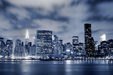 Midtown Manhattan skyline At Night LANG_EVOIMAGES