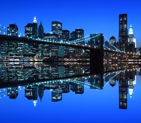 river scape: Brooklyn Bridge and Manhattan Skyline At Night, New York City  LANG_EVOIMAGES