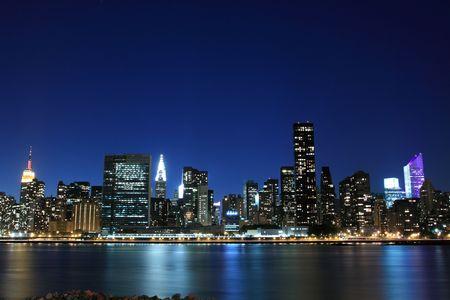 low light: Midtown Manhattan skyline at Night Lights, New York City  LANG_EVOIMAGES