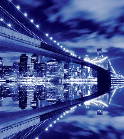 Brooklyn Bridge and Manhattan Skyline At Night, New York City  版權商用圖片