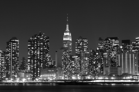midtown manhattan: Midtown Manhattan skyline at Night Lights, New York City  LANG_EVOIMAGES