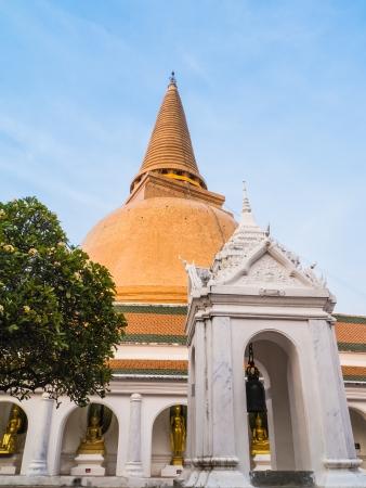 nakhon pathom: Phra Pathom Chedi ,Nakhon Pathom ,Thailand  Stock Photo