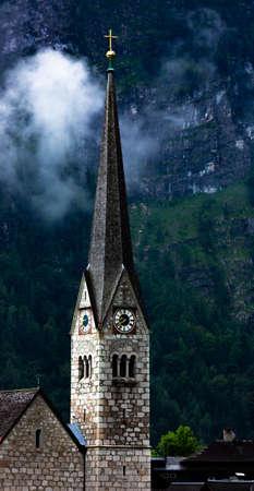 Hallstatt church in Austria. 版權商用圖片